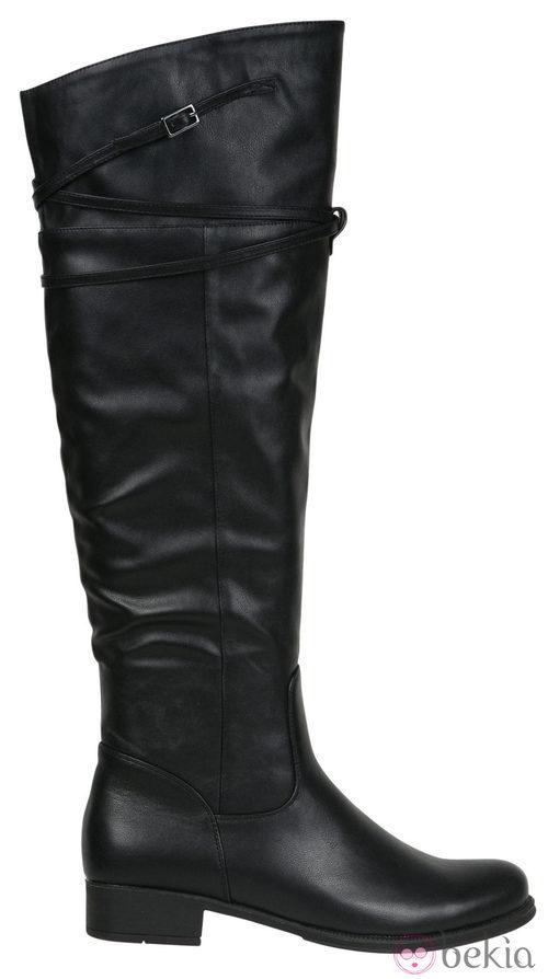 Botas altas en color negro de la colección otoño/invierno 2011/2012 de Alex Silva
