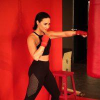 Demi Lovato boxeando en la campaña de Skechers otoño/invierno 2015/2016