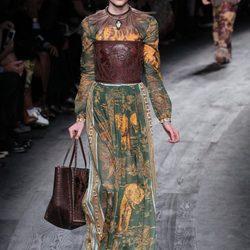 Principales tendencias que nos han dejado las ultimas colecciones primavera/verano 2016 en las Semanas de la Moda de Londres, Madrid, Milan y París