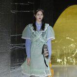 Falda y camisa de cuadros de la primavera/verano 2016 de Miu Miu en Paris Fashion Week