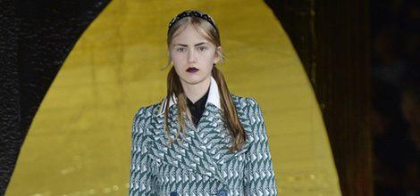 Chaquetón en tonos verdes de la colección primavera/verano 2016 de Miu Miu en Paris Fashion Week