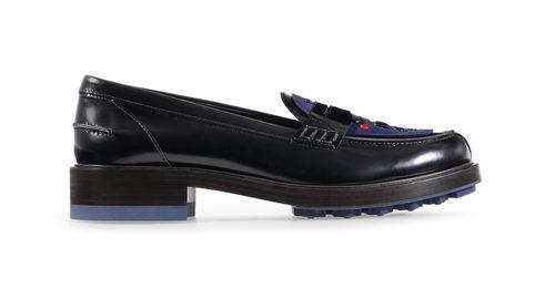 Zapato mocasín negro de la nueva colección para mujer otoño/invierno 2015/2016 de Tod's