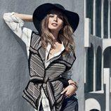 Chaleco de punto y sombrero negro de la colección otoño/invierno 2015/2016 de H&M