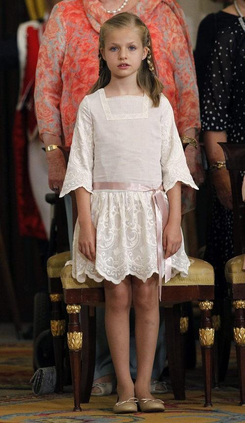 La princesa Leonor con vestido nude y rosa claro