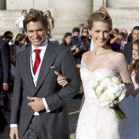 Astrid Klisans con un vestido de Pronovias en su boda con Carlos Baute