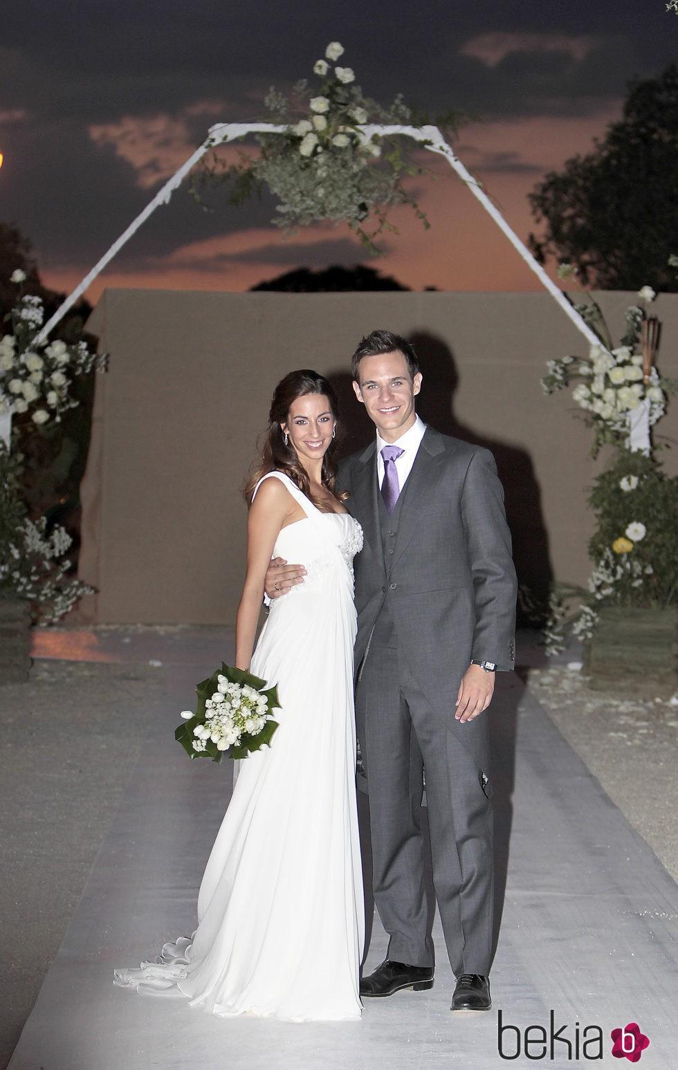 Almudena Cid en su boda con Christian Gálvez con un vestido de Pronovias