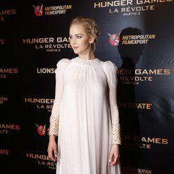 Jennifer Lawrence con vestido rosa claro de Dior en la premiere de 'Los Juegos del Hambre: Sinsajo, parte 2' en París