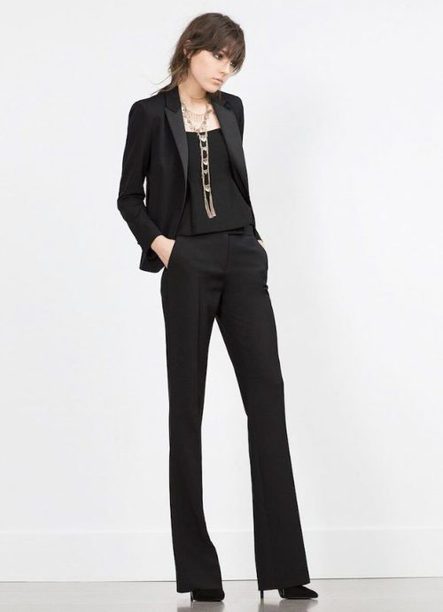 Traje de chaqueta negro de la colección de Zara Evening