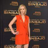 Jennifer Lawrence con vestido naranja en el photocall de Madrid para promocionar la película 'Los Juegos del Hambre