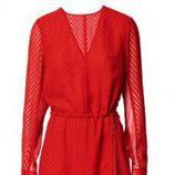 Vestido de noche rojo de la colección Navidad 2015 de la firma H&M