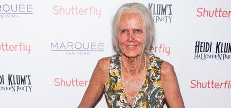 Heidi Klum disfrazada de anciana para Haloween