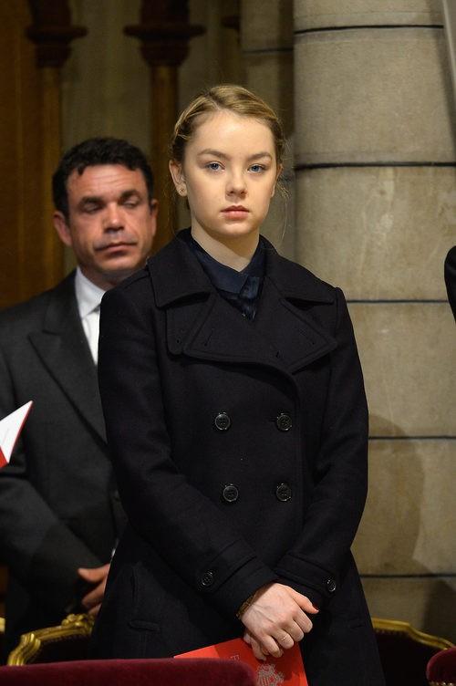 Princesa Alexandra de Hanover con chaquetón negro en el Día Nacional de Mónaco