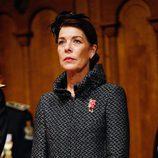 Carolina de Mónaco con chaquetón en tonos metalizados y negro en el Día Nacional de Mónaco