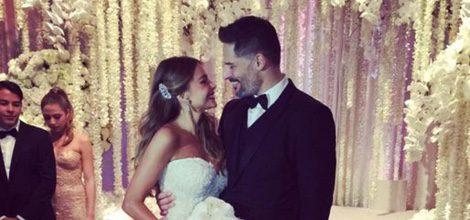 Sofía Vergara con su impresionante vestido de novia palabra de honor del diseñador Zuhair Murad