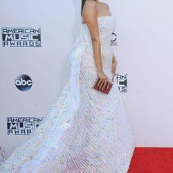 Los mejores y peores estilismos de los American Music Awards 2015