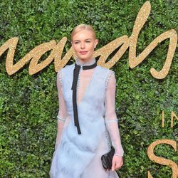 Kate Bosworth con vestido de tul lila en los British Fashion Awards 2015