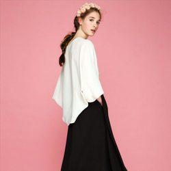 Falda larga negra y camisa  de la colección otoño/invierno 2015/2016 de Dolores Promesas