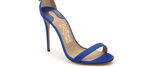 Sandalia de tacón azul klein de la colección Edgargo Osorio for Salvatore Ferragamo