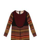 Vestido en tonos tierra de estampado geométrico de la colección otoño/invierno 2015/2016 de Dolores Promesas