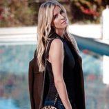 Nicky Hilton con bolso redondo print animal para Linea Pelle