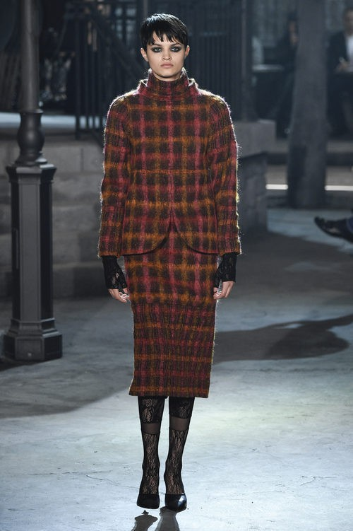 Look de cuadros de lana de la colección 'Métiers d'Art Paris à Rome 2015/2016' de Chanel