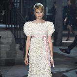 Vestido mohair blanco de la colección 'Métiers d'Art Paris à Rome 2015/2016' de Chanel