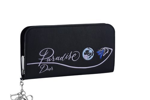 Cartera de mano rectangular en negro con detalle floral de la línea 'Dior Paradise'