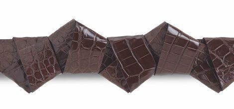 Cinturón origami con nudos de becerro de Salvatore Ferragamo temporada invierno 2015