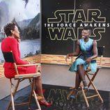 Lupita Nyongo con Robin Roberts en Good Morning America! para la presentación de 'Star Wars'