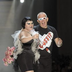 Beth Ditto y Jean Paul Gaultier en la Paris Fashion Week primavera/verano 2011