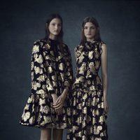 Vestidos con detalles dorados de la colección Pre-Fall 2016 de Erdem