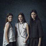 Vestidos con encajes en blanco y negro de la colección Pre-Fall 2016 de Erdem