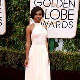 Gabrielle Union con vestido largo blanco con falda de tul y cuerpo ajustado