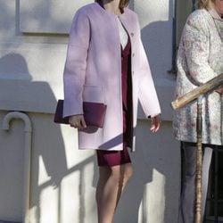 La Reina Letizia se deja seducir por el color rosa cuarzo