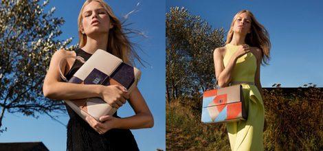 Anna Ewers bolso de inspiración Bauhaus en diferentes colores y vestido recto amarillo de Hugo Boss