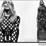Claudia Schiffer con vestido largo ajustado de rejilla de Balmain para la primavera/verano 2016