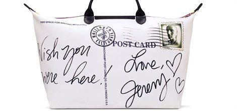 Bolso 'Le Pliage' blanco con firma de Jeremy Scott para Longchamp
