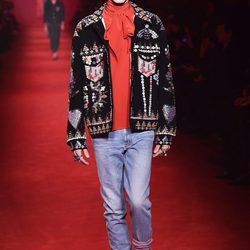 Desfile de Gucci en la semana de la moda de Milán presentando la temporada otoño/invierno 2016/2017