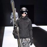 Estilo esquí con sudadera térmica y pantalones anchos estampados para Armani