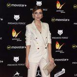 Leticia Dolera un look masculino de traje chaqueta en los Premios Feroz 2016