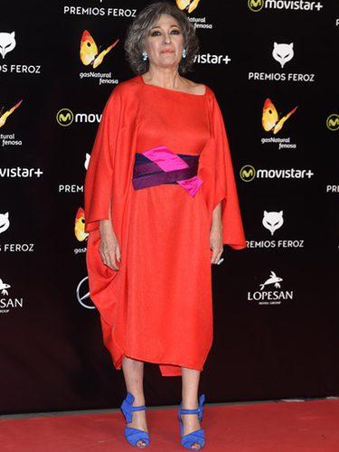 Luisa Gavasa con un vestido de Ulises Mérida en los Premios Feroz 2016