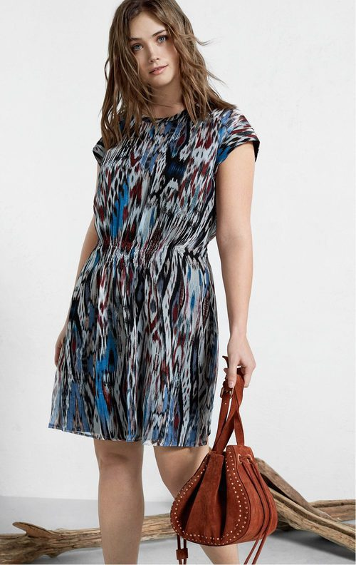 Vestido midi con estampado oscuro de Violeta by Mango