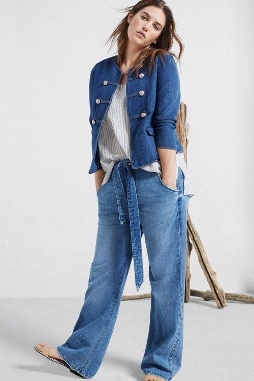 Conjunto denim de chaqueta y pantalón de Violeta by Mango
