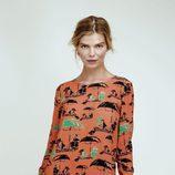 Vestido naranja corto recto con estampado abstracto de Dolores Promesas Resort 2016