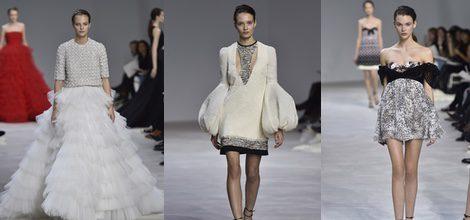 Falda blanca de tul con superposición de capas de Giambattista Valli en Semana de Alta Costura de París primavera/verano 2016