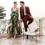Jon Kortajarena con traje sastre marrón de Salvatore Ferragamo para la colección 'The Splendor of Life'