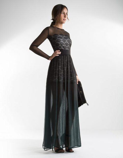 Vestido de gasa con mangas y sobre falda transparente y cuerpo encaje vegetal de Roberto Verino