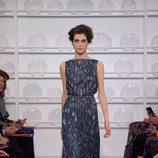 Vestido sin mangas con cintura remarcada y estampado con cubiertos de Schiaparelli