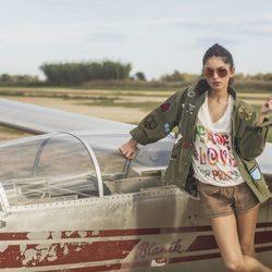 Lucía Rivera Romero con una chaqueta militar de la primavera/verano 2016 de Highly Preppy