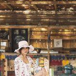 Lucía Rivera Romero con vestido corto de flores de la primavera/verano 2016 de Highly Preppy